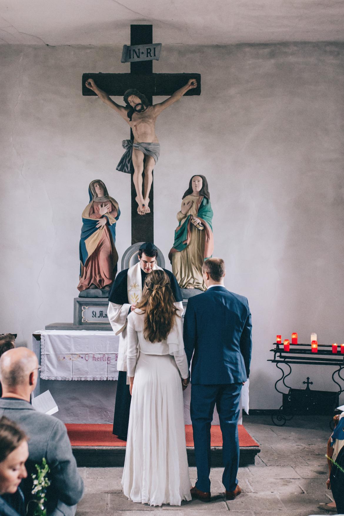 DIY-Hochzeit-koblenz-hoch-5 Tina & Miro DIY Wedding Cafe KostbarDIY Hochzeit koblenz hoch 5