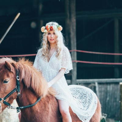 bohemian-hippie-wedding-23