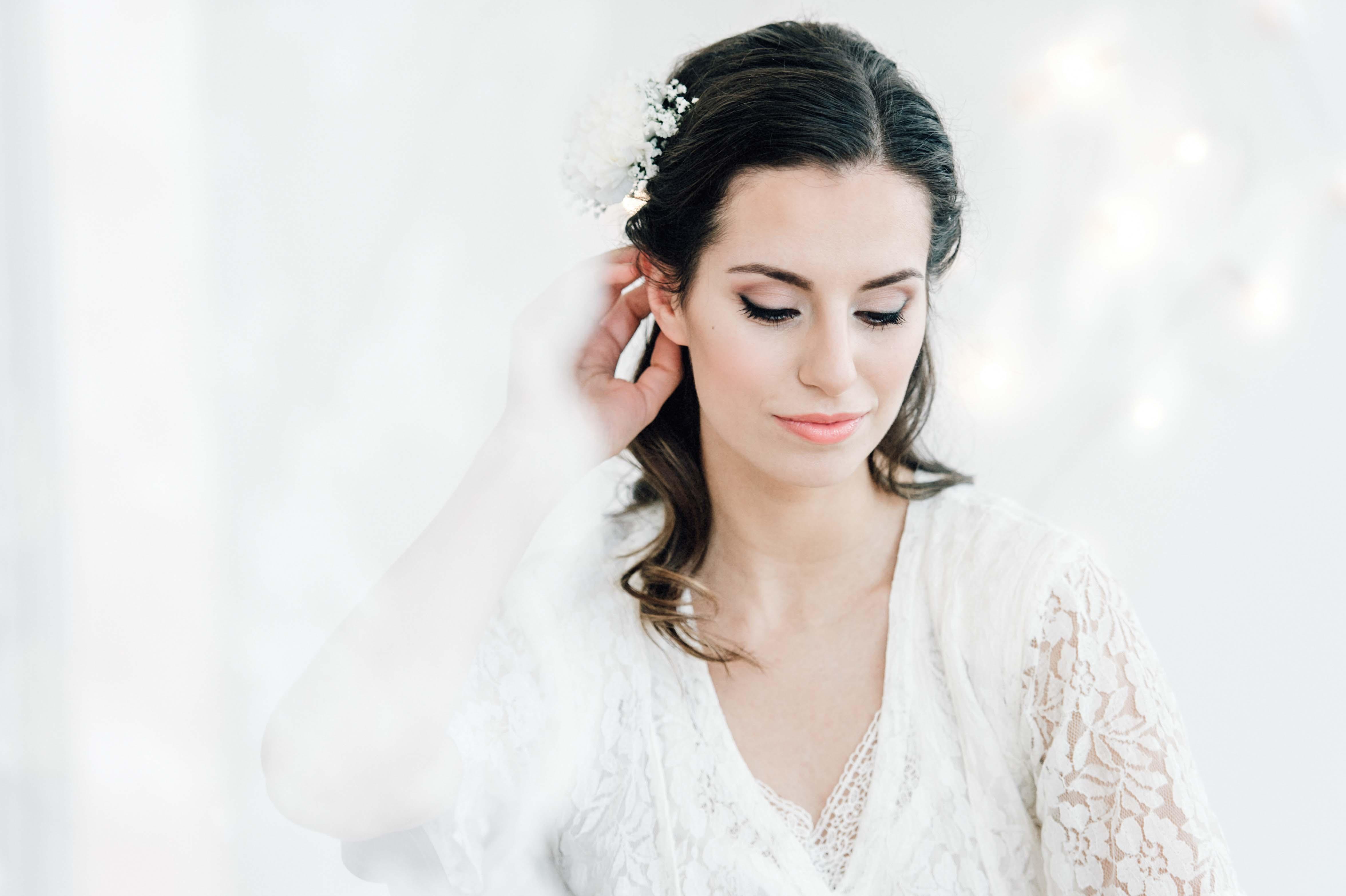 noula Natural Bridal Hair & Make-up Looknoula