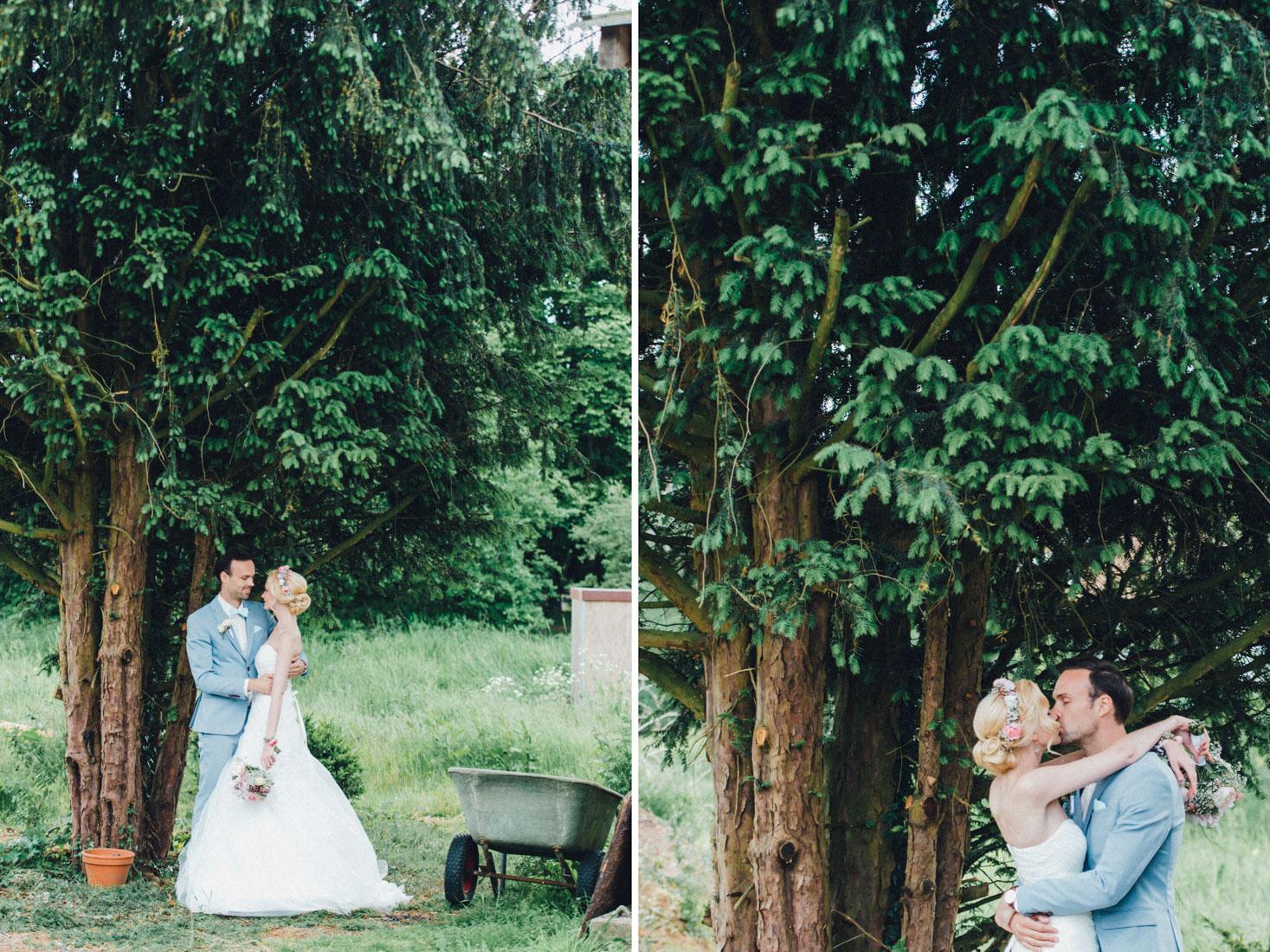 pastel-vintage-hertefeld-110 hochzeitsfotograf schloss hertefeldGalina & Robert DIY Pastel Vintage Hochzeit auf Schloss Hertefeldpastel vintage hertefeld 110
