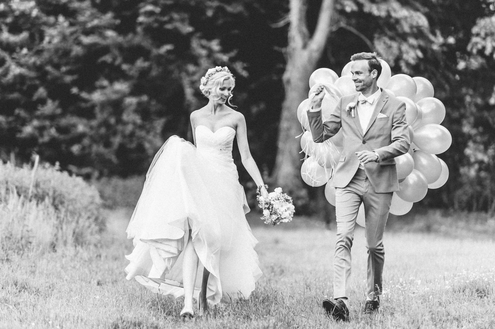 pastel-vintage-hertefeld-116 hochzeitsfotograf schloss hertefeldGalina & Robert DIY Pastel Vintage Hochzeit auf Schloss Hertefeldpastel vintage hertefeld 116