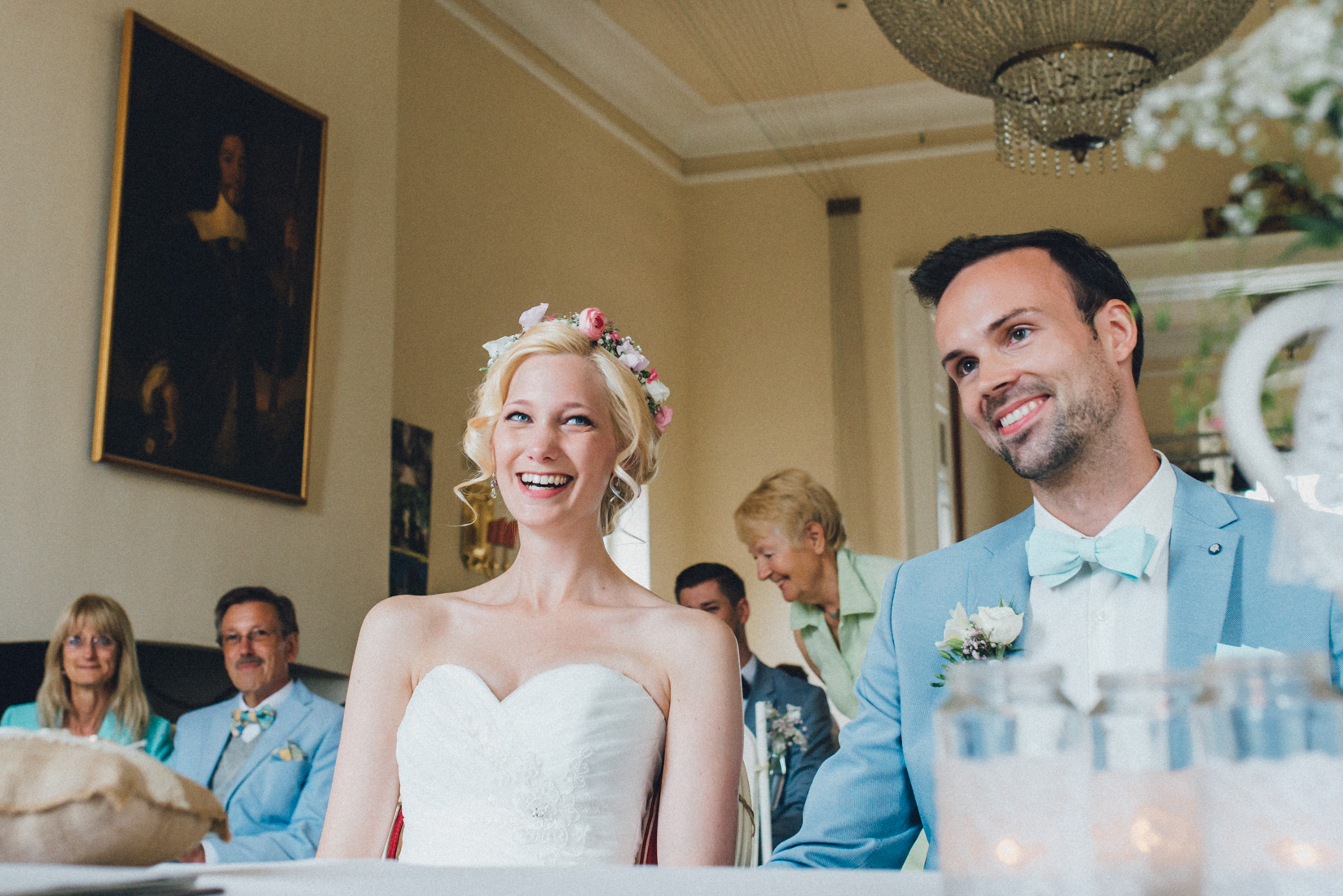 pastel-vintage-hertefeld-64 hochzeitsfotograf schloss hertefeldGalina & Robert DIY Pastel Vintage Hochzeit auf Schloss Hertefeldpastel vintage hertefeld 64