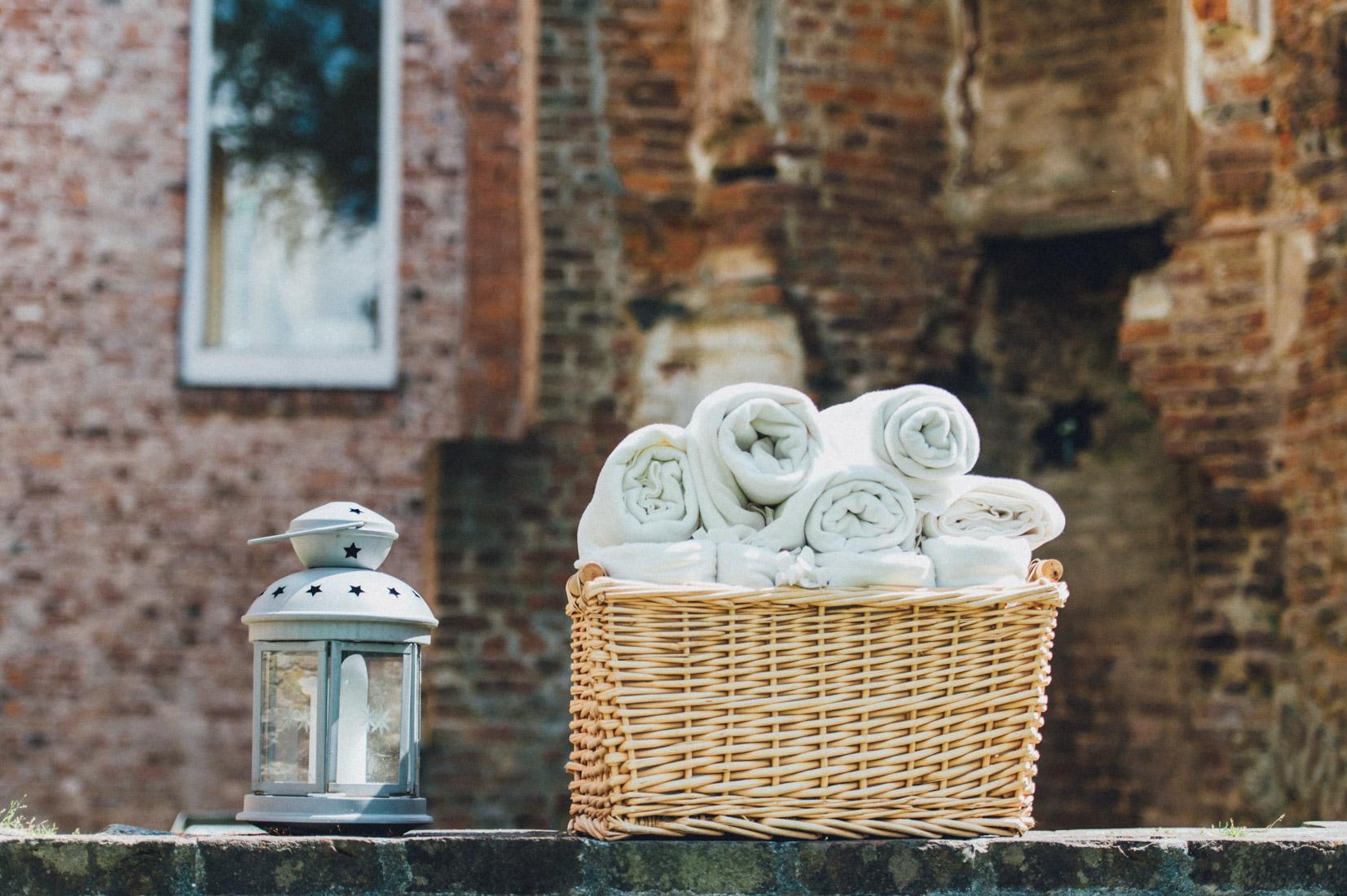 pastel-vintage-hertefeld-79 hochzeitsfotograf schloss hertefeldGalina & Robert DIY Pastel Vintage Hochzeit auf Schloss Hertefeldpastel vintage hertefeld 79