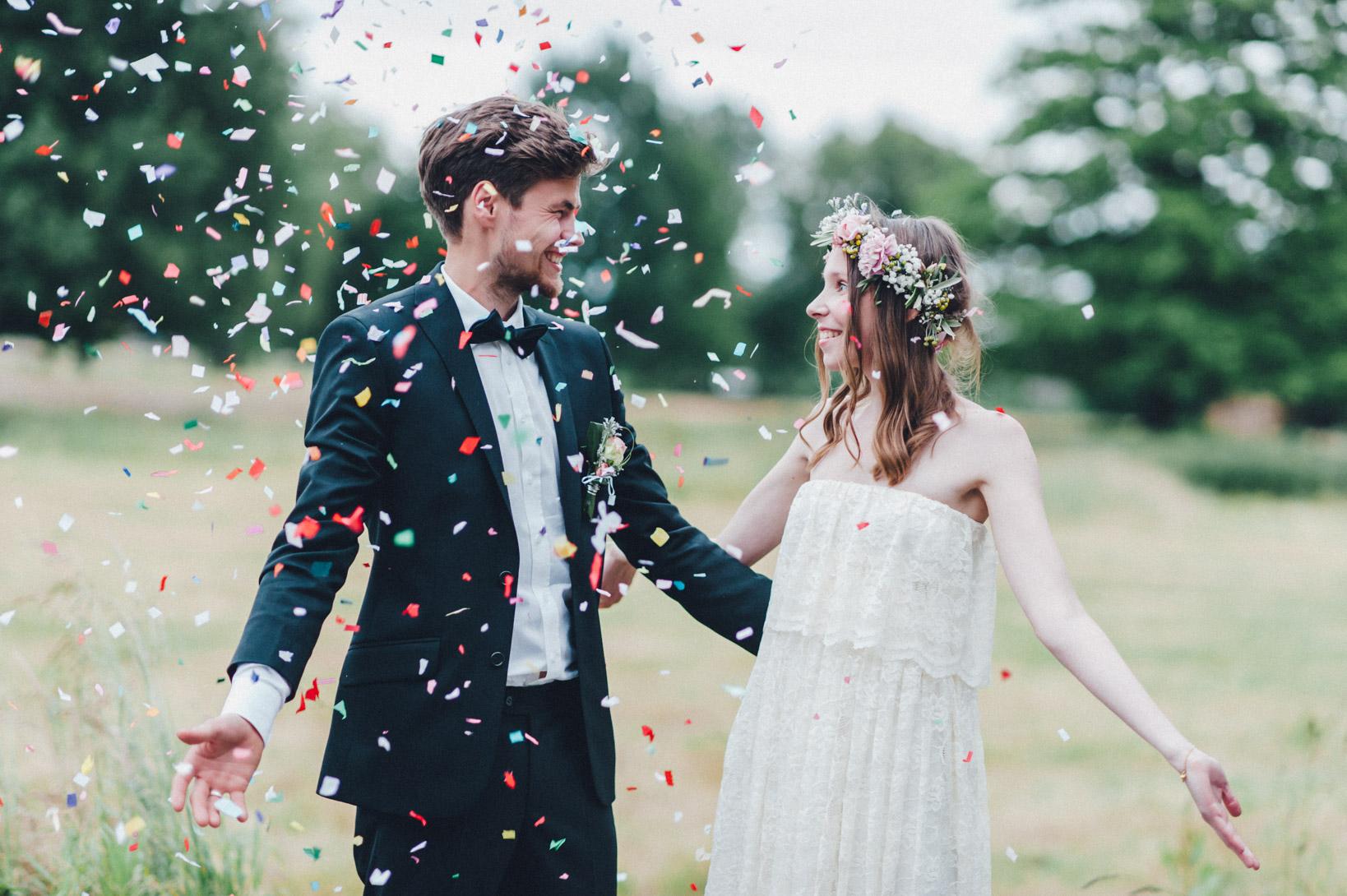 DIY-Hochzeit-gold-VW-Bully-113 Janet & Pierre DIY Midsummer-Wedding in Gold mit VW BulliDIY Hochzeit gold VW Bully 113