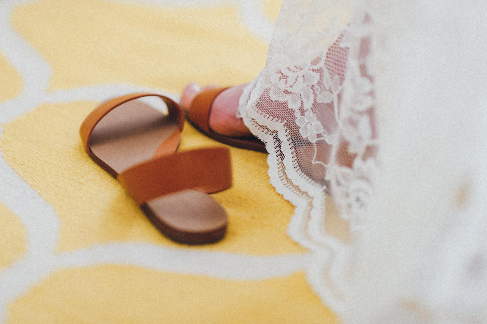 DIY-Hochzeit-gold-VW-Bully-19 Janet & Pierre DIY Midsummer-Wedding in Gold mit VW BulliDIY Hochzeit gold VW Bully 19