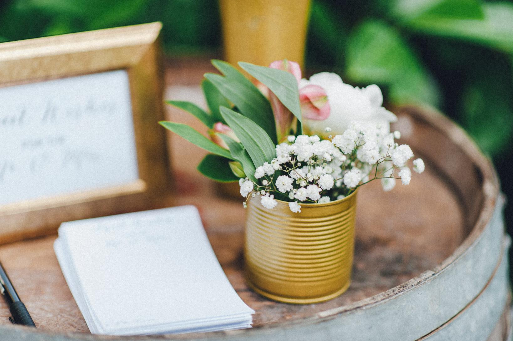DIY-Hochzeit-gold-VW-Bully-32 Janet & Pierre DIY Midsummer-Wedding in Gold mit VW BulliDIY Hochzeit gold VW Bully 32