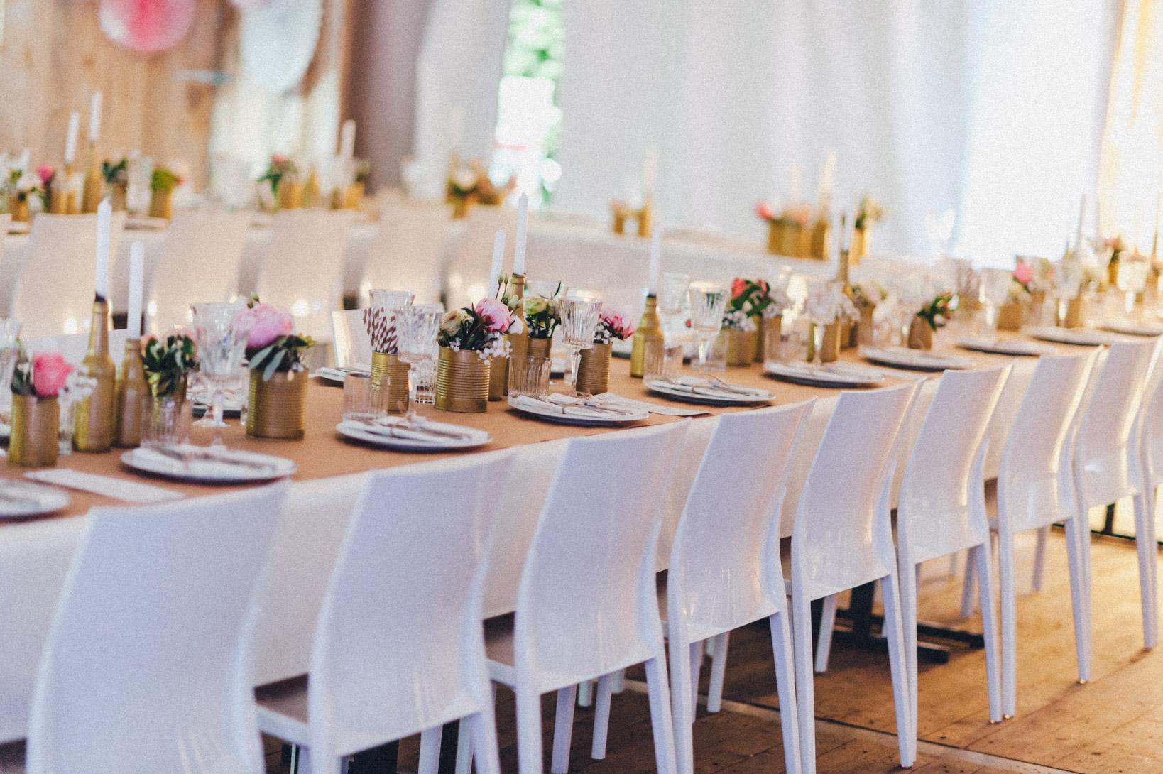 DIY-Hochzeit-gold-VW-Bully-41 Janet & Pierre DIY Midsummer-Wedding in Gold mit VW BulliDIY Hochzeit gold VW Bully 41