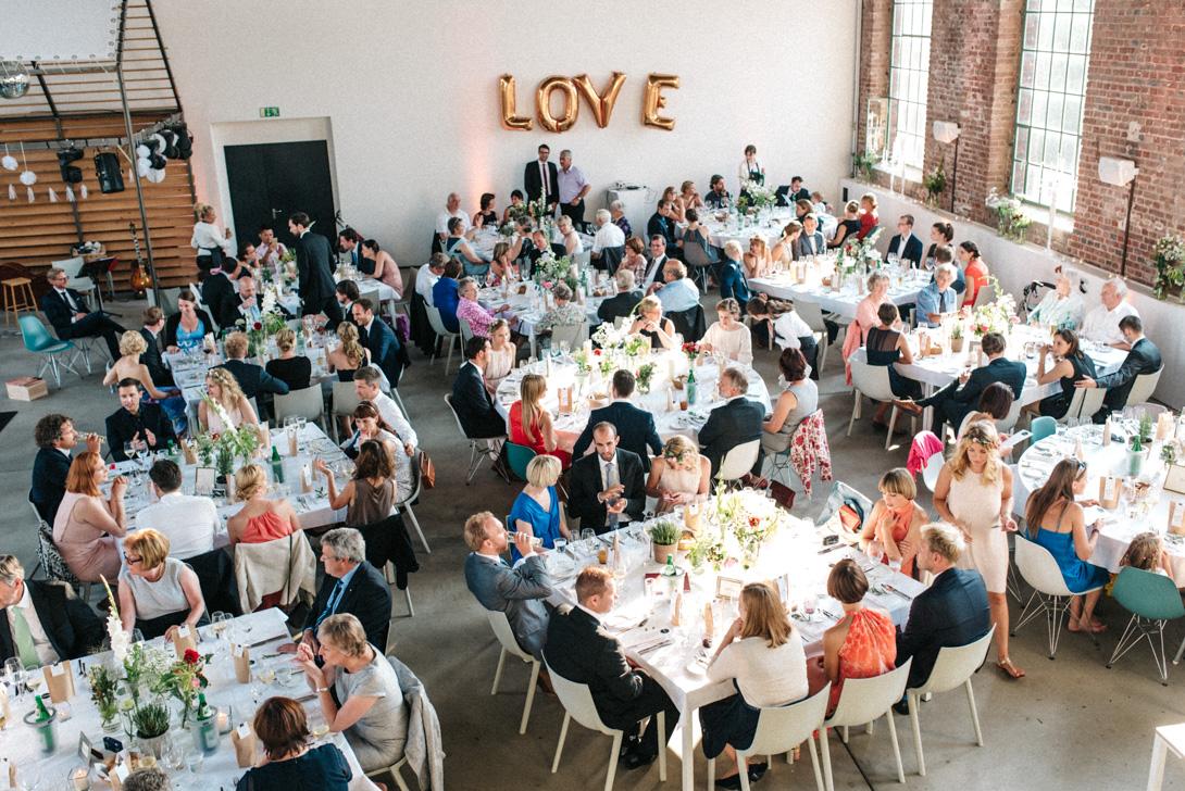 diy-hochzeitsfotos-werkstatt-stomberg-vintage-107 Feli & Bene Hochzeit in der Werkstatt Stromberg Waltropdiy hochzeitsfotos werkstatt stomberg vintage 107