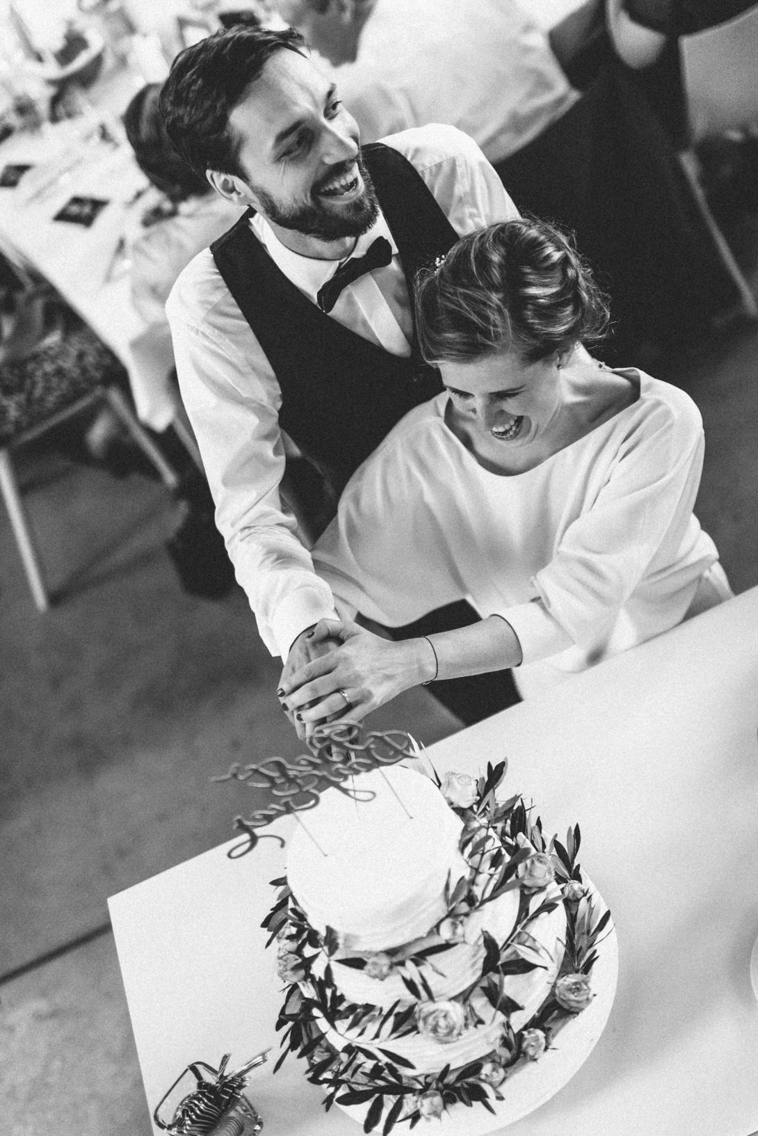 diy-hochzeitsfotos-werkstatt-stomberg-vintage-118 Feli & Bene Hochzeit in der Werkstatt Stromberg Waltropdiy hochzeitsfotos werkstatt stomberg vintage 118