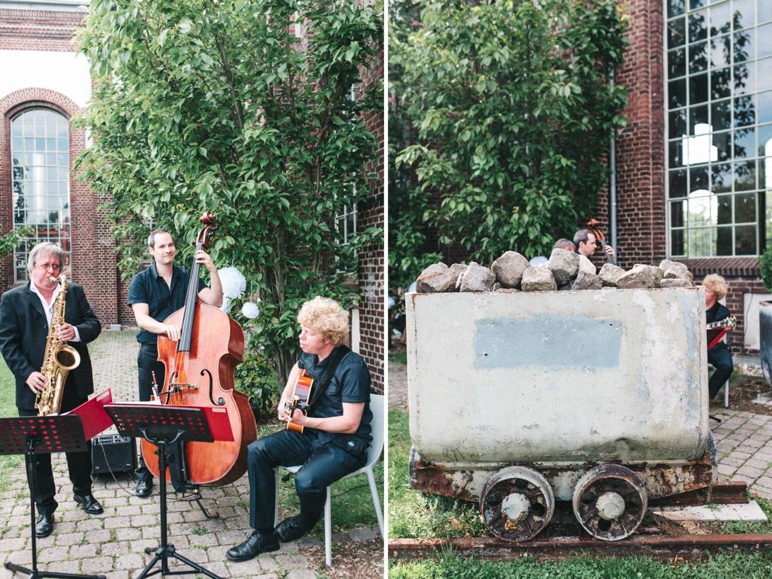 diy-hochzeitsfotos-werkstatt-stomberg-vintage-64 Feli & Bene Hochzeit in der Werkstatt Stromberg Waltropdiy hochzeitsfotos werkstatt stomberg vintage 64