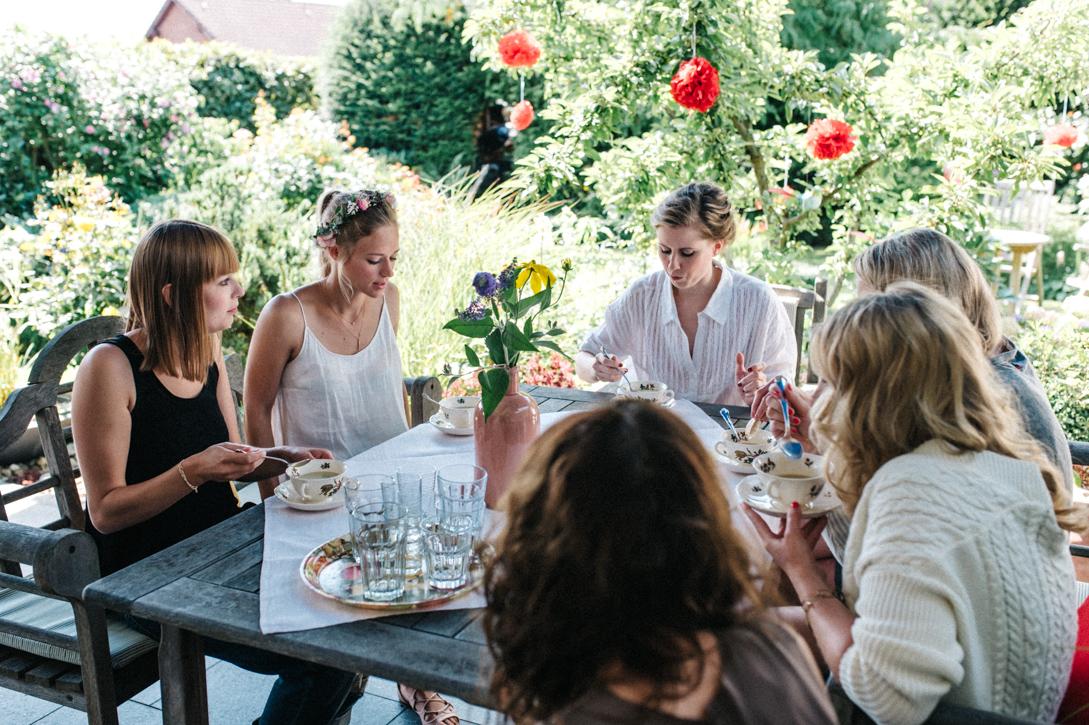 diy-hochzeitsfotos-werkstatt-stomberg-vintage-7 Feli & Bene Hochzeit in der Werkstatt Stromberg Waltropdiy hochzeitsfotos werkstatt stomberg vintage 7