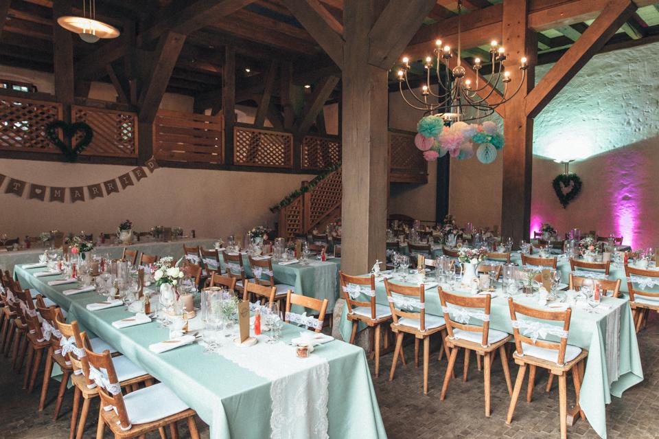 diy-wedding-bayern-104 Isabell & Tomaj Vintage DIY Hochzeit in Bayerndiy wedding bayern 104