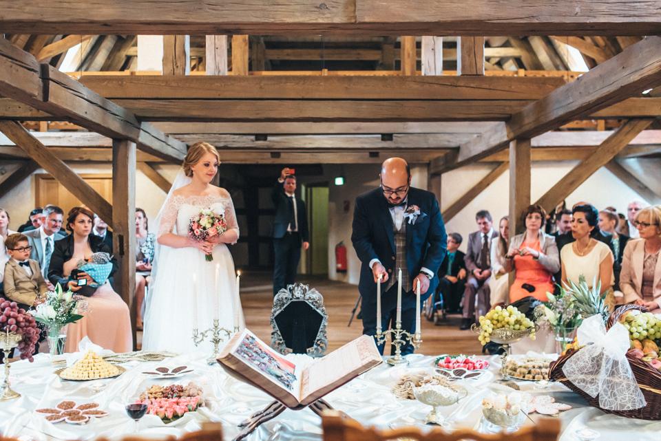 diy-wedding-bayern-127 Isabell & Tomaj Vintage DIY Hochzeit in Bayerndiy wedding bayern 127