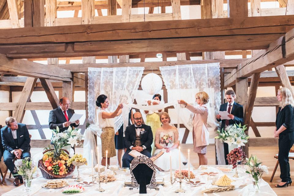 diy-wedding-bayern-134 Isabell & Tomaj Vintage DIY Hochzeit in Bayerndiy wedding bayern 134
