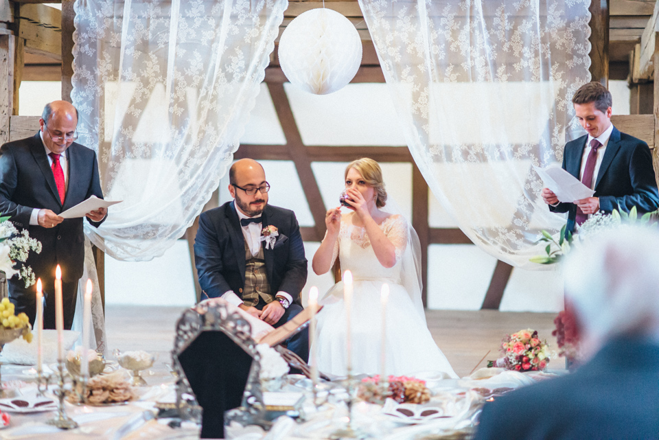 diy-wedding-bayern-141 Isabell & Tomaj Vintage DIY Hochzeit in Bayerndiy wedding bayern 141