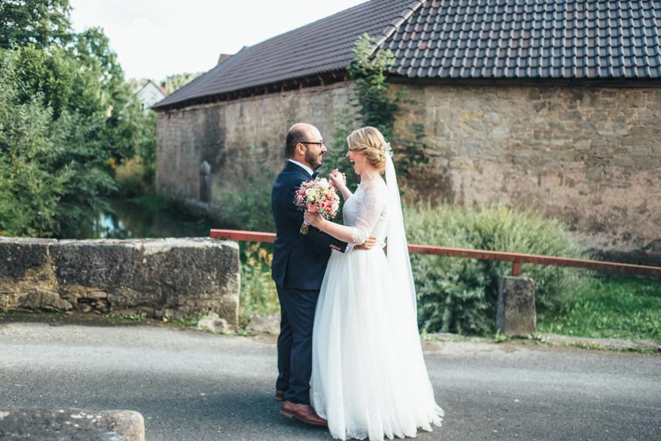 diy-wedding-bayern-155 Isabell & Tomaj Vintage DIY Hochzeit in Bayerndiy wedding bayern 155