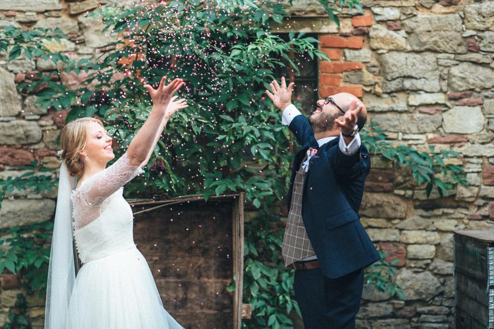 diy-wedding-bayern-170 Isabell & Tomaj Vintage DIY Hochzeit in Bayerndiy wedding bayern 170