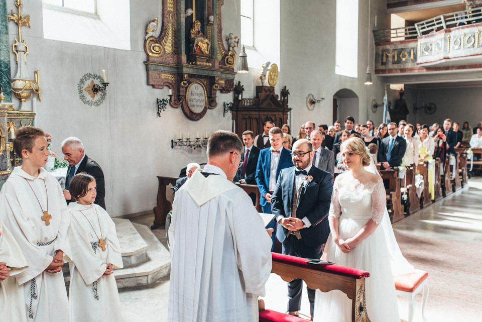 diy-wedding-bayern-76 Isabell & Tomaj Vintage DIY Hochzeit in Bayerndiy wedding bayern 76