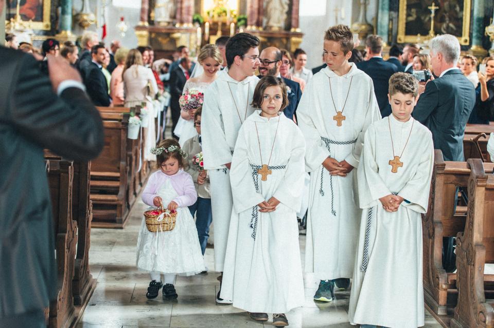 diy-wedding-bayern-93 Isabell & Tomaj Vintage DIY Hochzeit in Bayerndiy wedding bayern 93