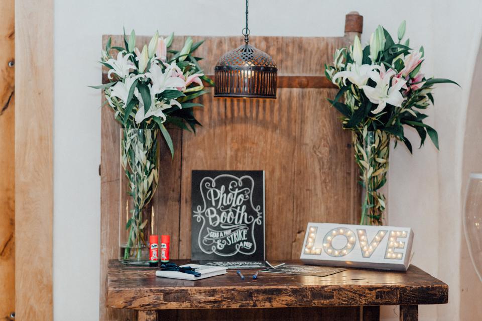 love-wins-beach-wedding-102 Ervin & Ian Love wins. Hochzeit auf Mykonos. Foto & Filmlove wins beach wedding 102