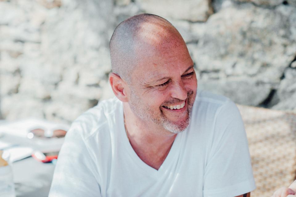 love-wins-beach-wedding-11 Ervin & Ian Love wins. Hochzeit auf Mykonos. Foto & Filmlove wins beach wedding 11