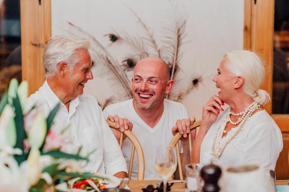 love-wins-beach-wedding-113 Ervin & Ian Love wins. Hochzeit auf Mykonos. Foto & Filmlove wins beach wedding 113