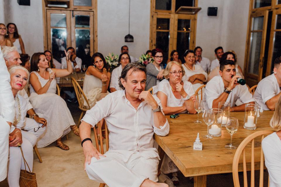 love-wins-beach-wedding-122 Ervin & Ian Love wins. Hochzeit auf Mykonos. Foto & Filmlove wins beach wedding 122
