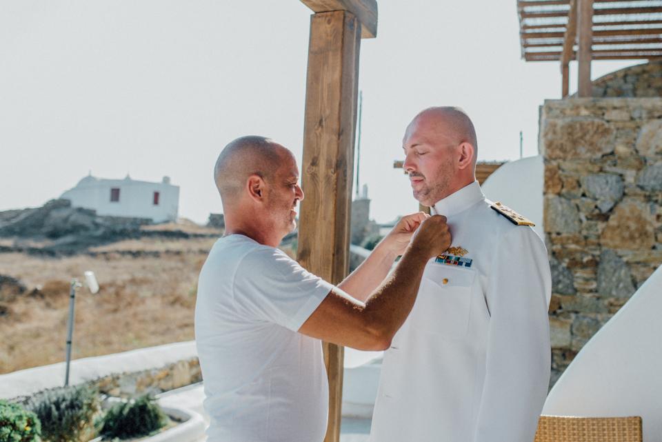 love-wins-beach-wedding-18 Ervin & Ian Love wins. Hochzeit auf Mykonos. Foto & Filmlove wins beach wedding 18