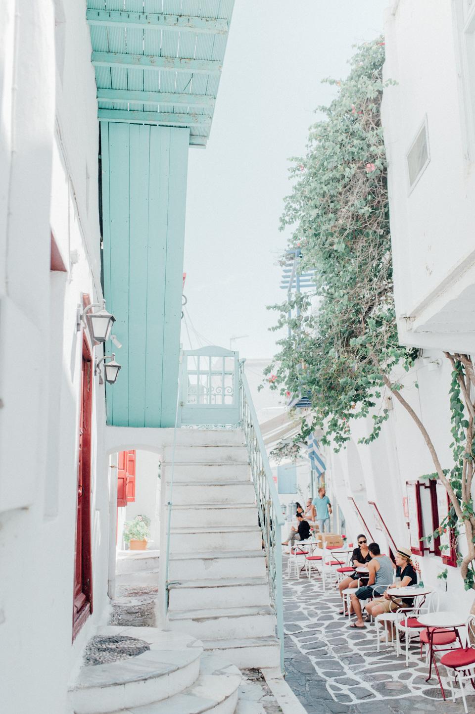 love-wins-beach-wedding-2 Ervin & Ian Love wins. Hochzeit auf Mykonos. Foto & Filmlove wins beach wedding 2