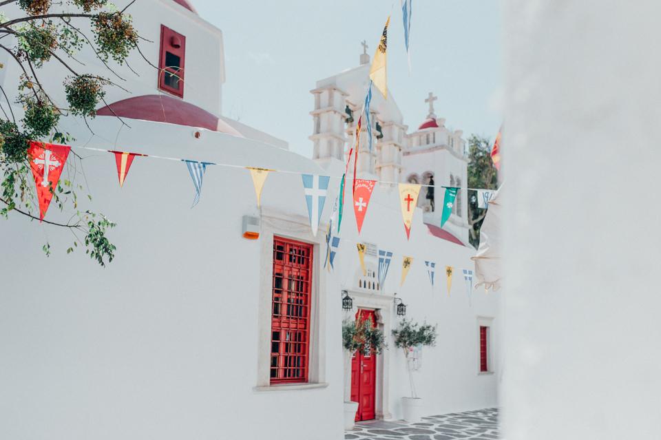 love-wins-beach-wedding-3 Ervin & Ian Love wins. Hochzeit auf Mykonos. Foto & Filmlove wins beach wedding 3