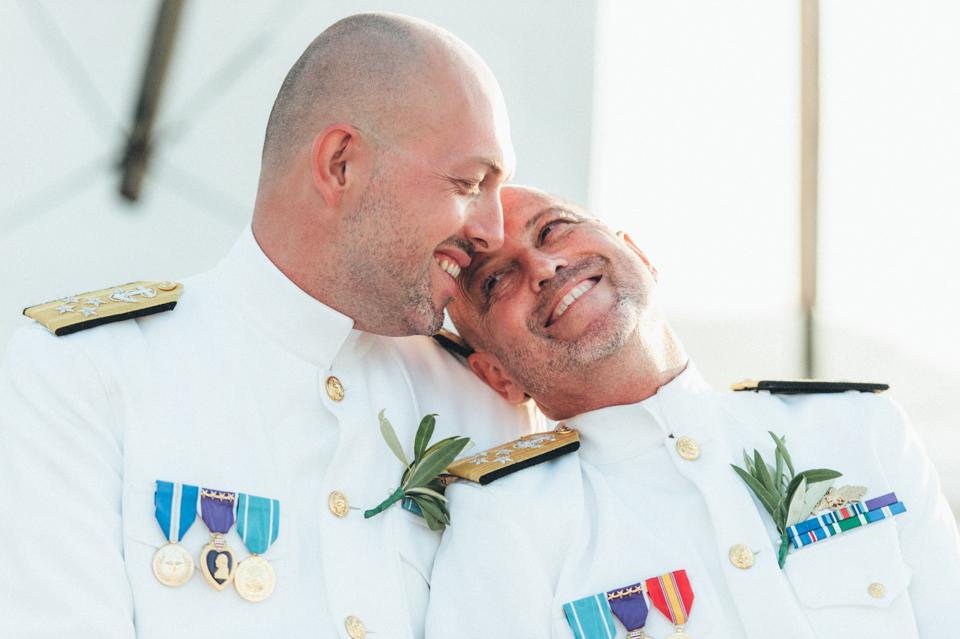 love-wins-beach-wedding-33 Ervin & Ian Love wins. Hochzeit auf Mykonos. Foto & Filmlove wins beach wedding 33