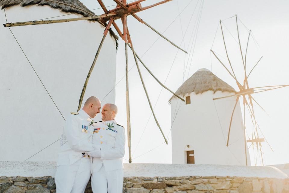 love-wins-beach-wedding-34 Ervin & Ian Love wins. Hochzeit auf Mykonos. Foto & Filmlove wins beach wedding 34