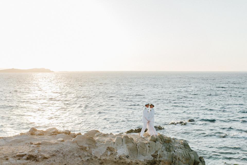 love-wins-beach-wedding-41 Ervin & Ian Love wins. Hochzeit auf Mykonos. Foto & Filmlove wins beach wedding 41