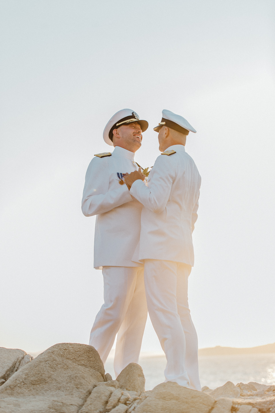 love-wins-beach-wedding-44 Ervin & Ian Love wins. Hochzeit auf Mykonos. Foto & Filmlove wins beach wedding 44