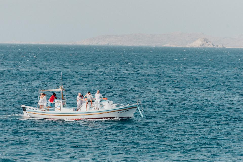 love-wins-beach-wedding-50 Ervin & Ian Love wins. Hochzeit auf Mykonos. Foto & Filmlove wins beach wedding 50