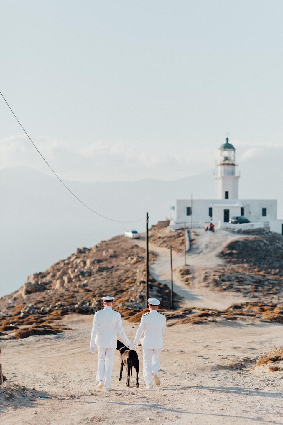 love-wins-beach-wedding-51 Ervin & Ian Love wins. Hochzeit auf Mykonos. Foto & Filmlove wins beach wedding 51