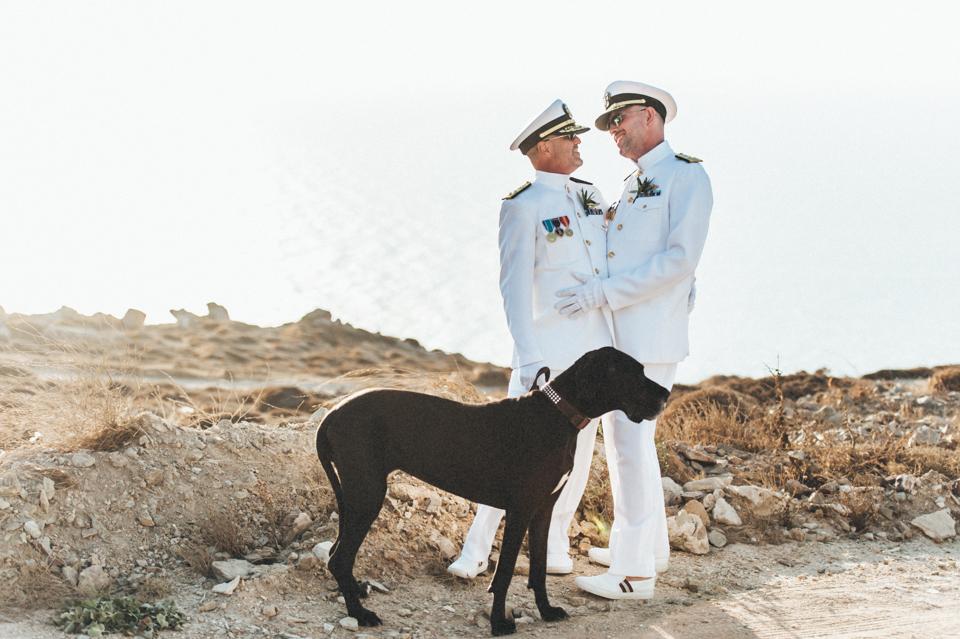 love-wins-beach-wedding-52 Ervin & Ian Love wins. Hochzeit auf Mykonos. Foto & Filmlove wins beach wedding 52