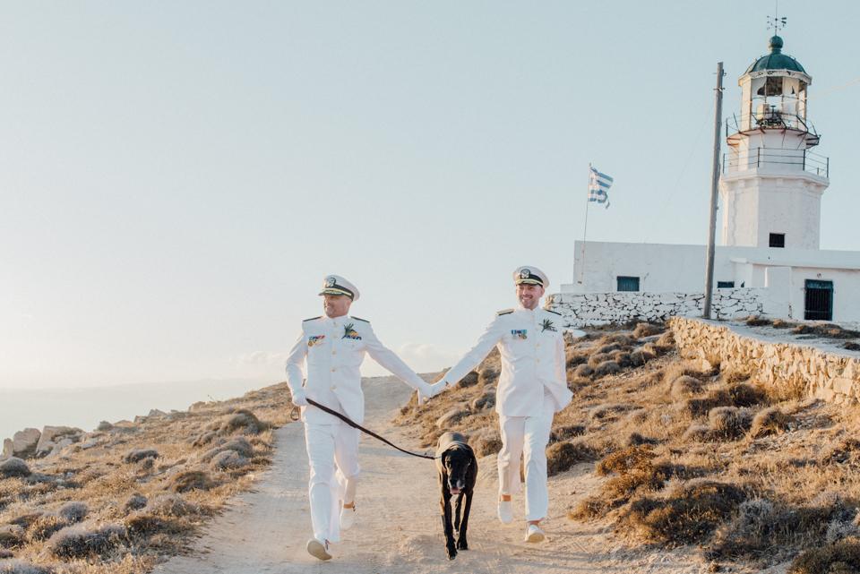 love-wins-beach-wedding-59 Ervin & Ian Love wins. Hochzeit auf Mykonos. Foto & Filmlove wins beach wedding 59