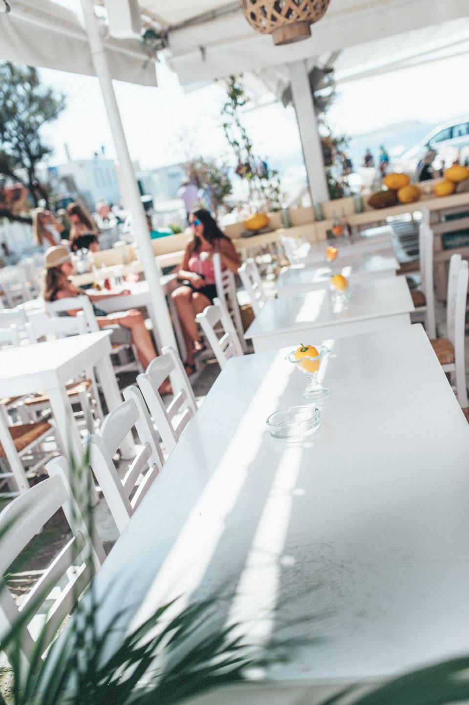 love-wins-beach-wedding-6 Ervin & Ian Love wins. Hochzeit auf Mykonos. Foto & Filmlove wins beach wedding 6