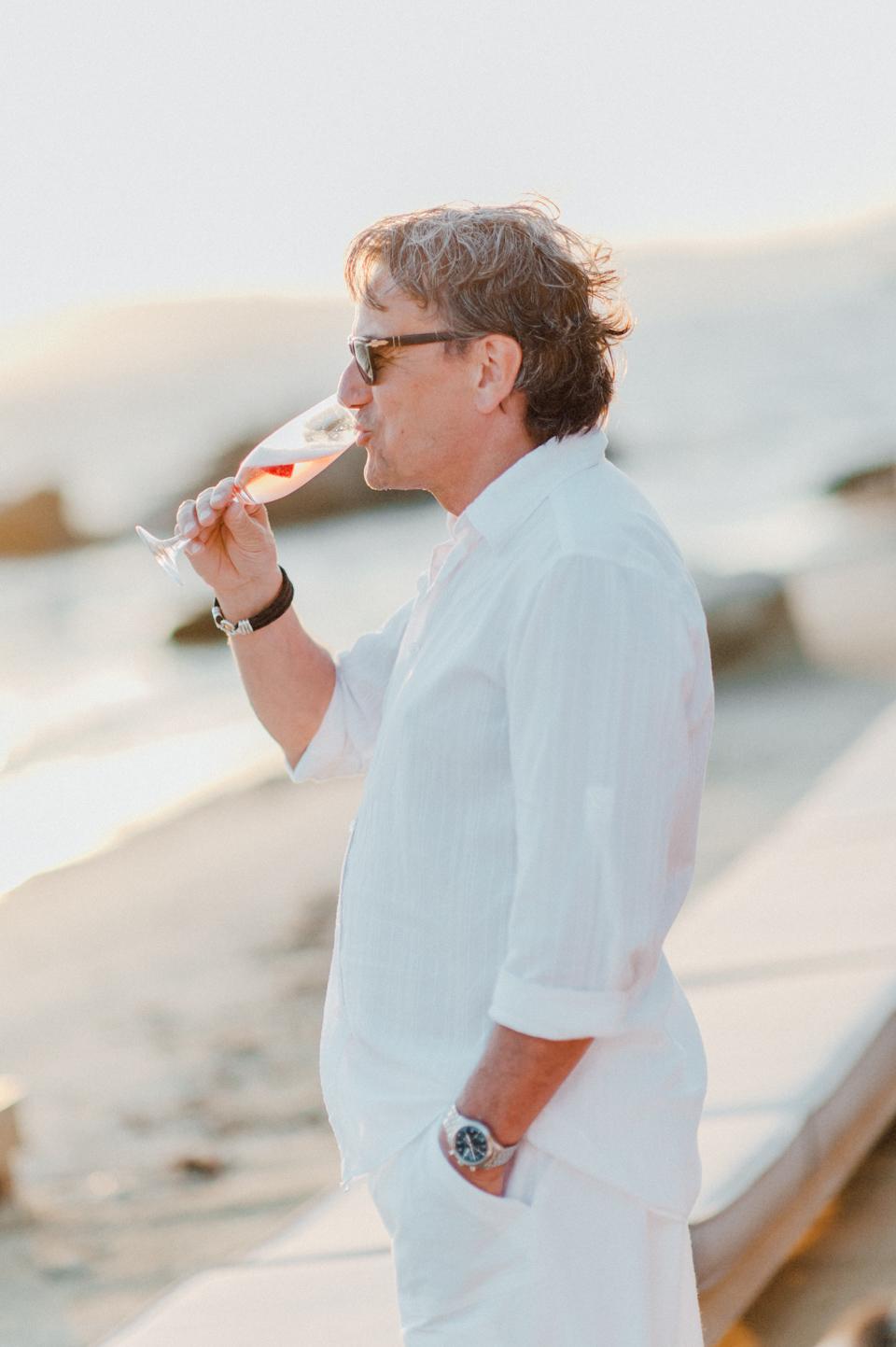 love-wins-beach-wedding-65 Ervin & Ian Love wins. Hochzeit auf Mykonos. Foto & Filmlove wins beach wedding 65