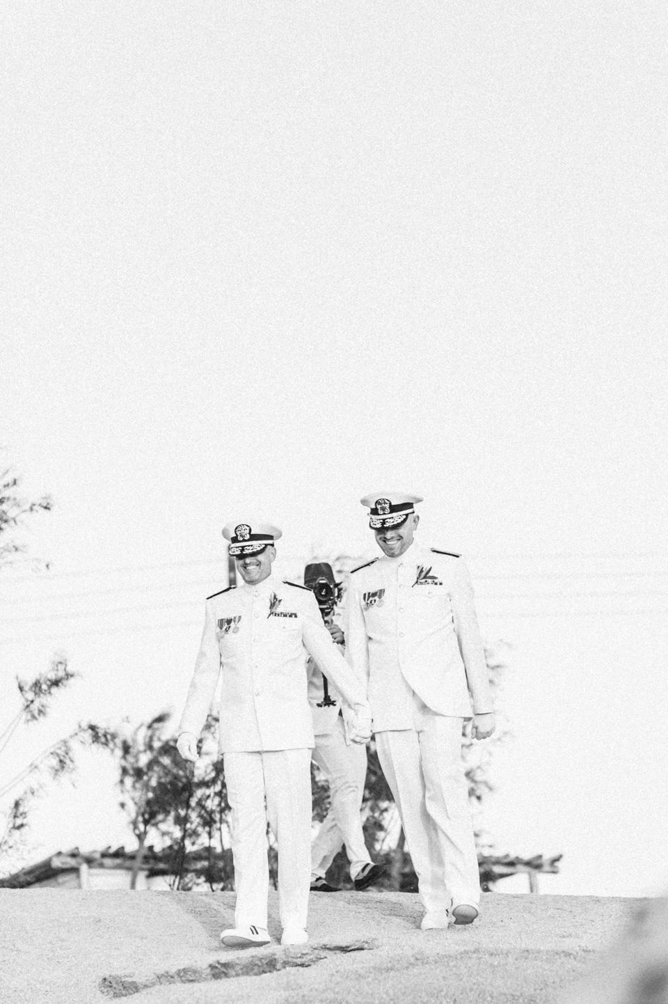 love-wins-beach-wedding-68 Ervin & Ian Love wins. Hochzeit auf Mykonos. Foto & Filmlove wins beach wedding 68