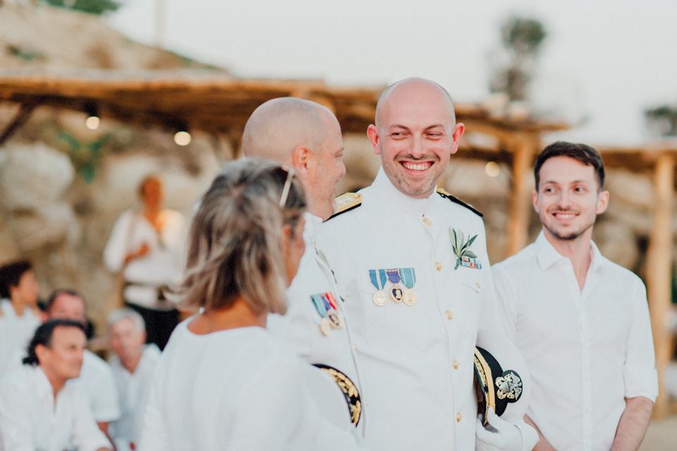 love-wins-beach-wedding-81 Ervin & Ian Love wins. Hochzeit auf Mykonos. Foto & Filmlove wins beach wedding 81