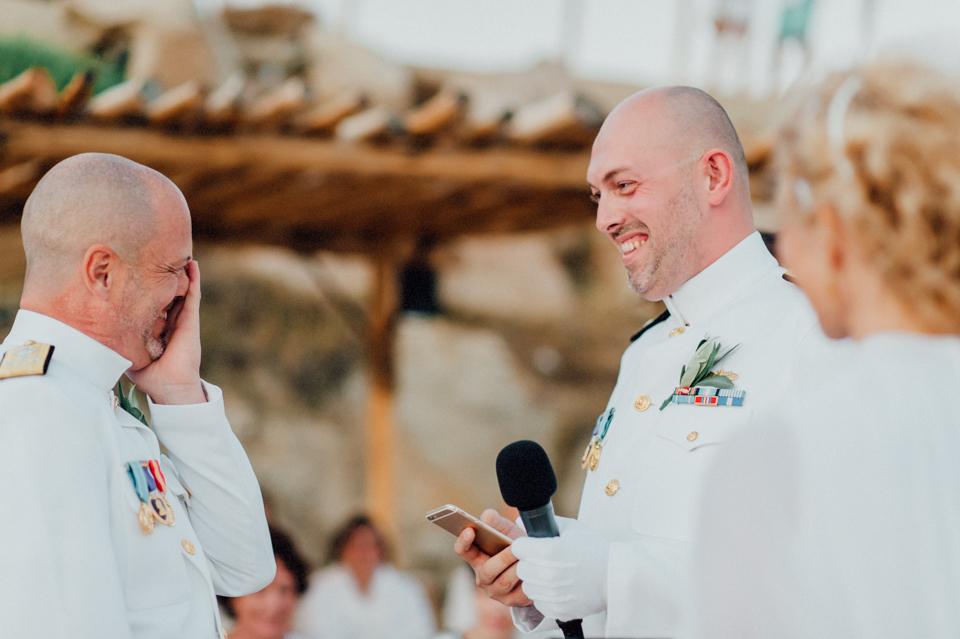 love-wins-beach-wedding-83 Ervin & Ian Love wins. Hochzeit auf Mykonos. Foto & Filmlove wins beach wedding 83