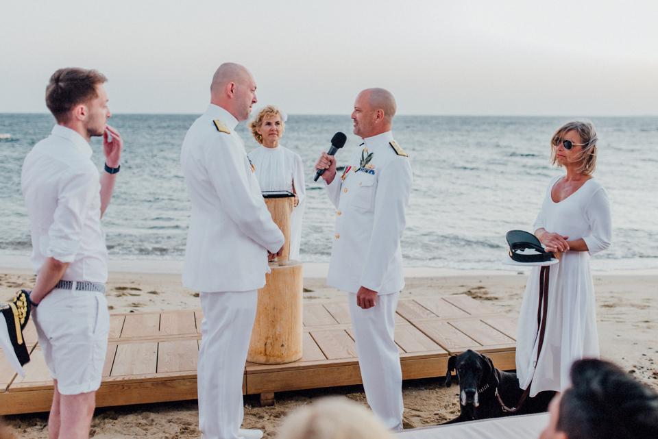 love-wins-beach-wedding-90 Ervin & Ian Love wins. Hochzeit auf Mykonos. Foto & Filmlove wins beach wedding 90