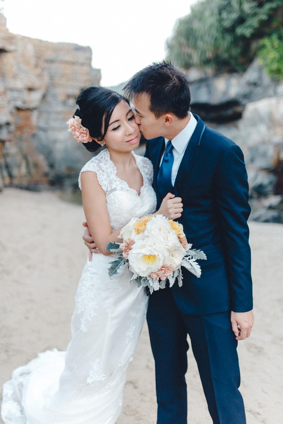 shooting-hongkong-beach-25 After Weddingshoot in HongKongshooting hongkong beach 25
