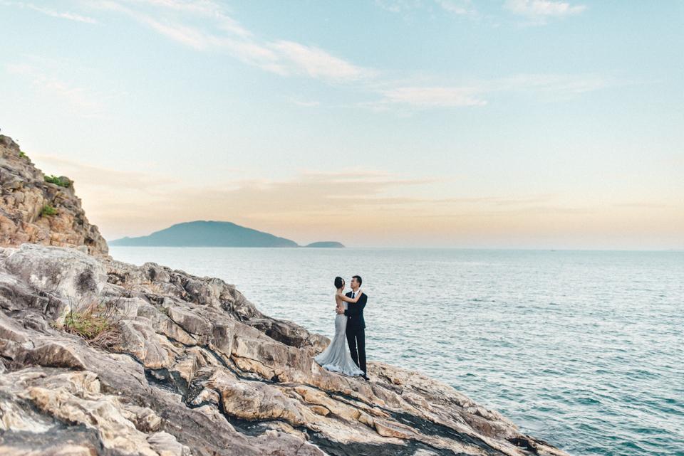 shooting-hongkong-beach-44 After Weddingshoot in HongKongshooting hongkong beach 44