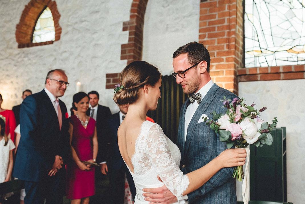 landhochzeit-heide-diy_0167 Hochzeitsfotograf Lüneburger heideChristiane & Lars Hochzeit auf dem Stimbekhof in der Lüneburgerheidelandhochzeit heide diy 0167