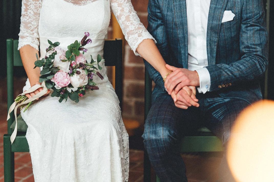 landhochzeit-heide-diy_0168 Hochzeitsfotograf Lüneburger heideChristiane & Lars Hochzeit auf dem Stimbekhof in der Lüneburgerheidelandhochzeit heide diy 0168