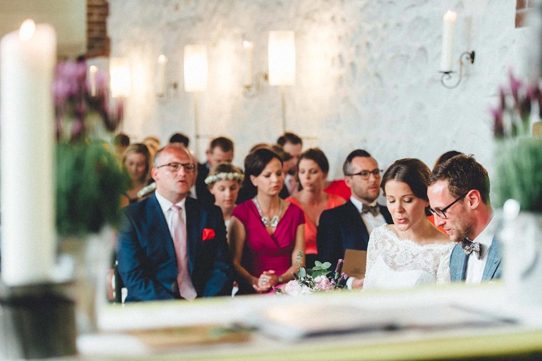 landhochzeit-heide-diy_0172 Hochzeitsfotograf Lüneburger heideChristiane & Lars Hochzeit auf dem Stimbekhof in der Lüneburgerheidelandhochzeit heide diy 0172