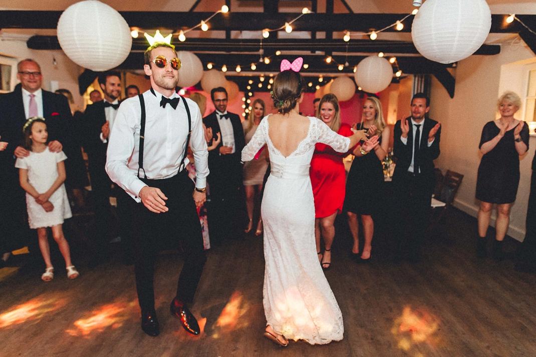 landhochzeit-heide-diy_0254 Hochzeitsfotograf Lüneburger heideChristiane & Lars Hochzeit auf dem Stimbekhof in der Lüneburgerheidelandhochzeit heide diy 0254